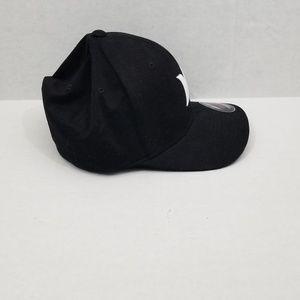 Hurley Accessories - New Hurley Men Black Flexfit Hat